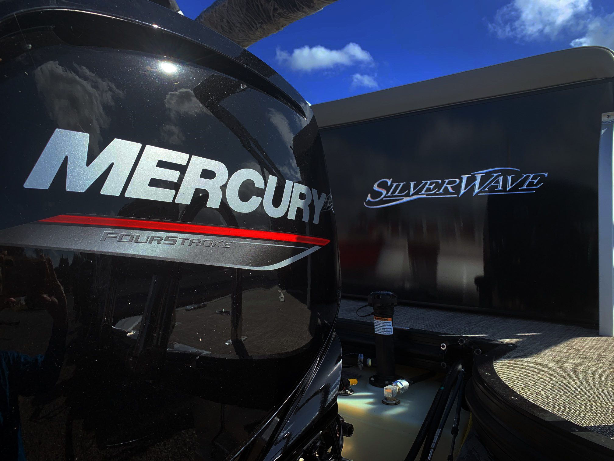 Silver Wave Pontoons... NOW with Mercury Power